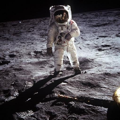 NASA, Neil Armstrong (photographer), Astronaut Edwin E. Aldrin Jr. walks on the surface of the moon 1969 [click photograph to go to original]